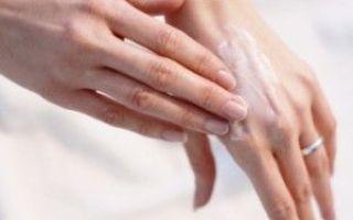 Как увлажнить кожу ребенка при аллергическом дерматите?
