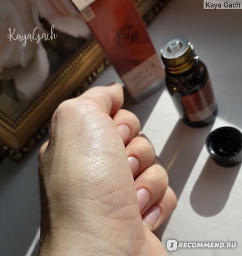 Масло чайного дерева от дерматита на руках