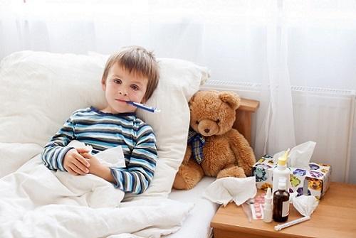 У ребенка 1 год сопли и кашель без температуры чем лечить в