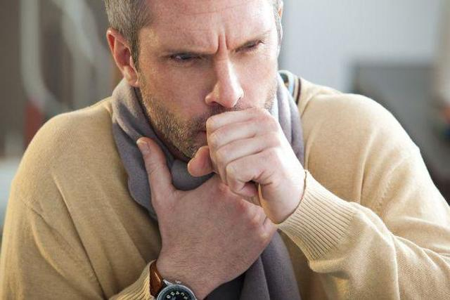 При кашле боль в шее