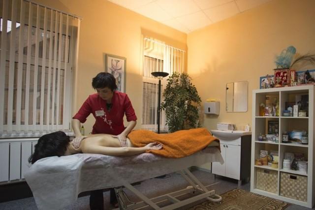 Массаж при повышенном давлении в домашних условиях