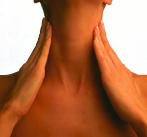 Причины возникновения растяжения мышц шеи