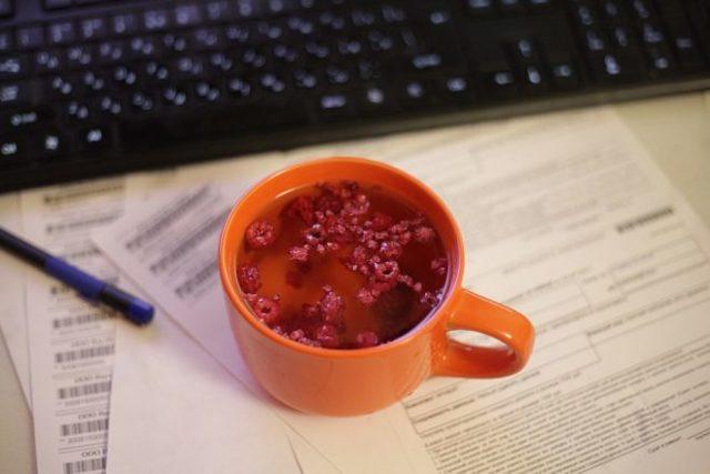 Чай с малиной при кашле