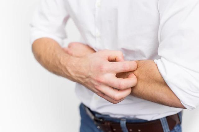 Могут ли комиссовать из армии с атопическим дерматитом