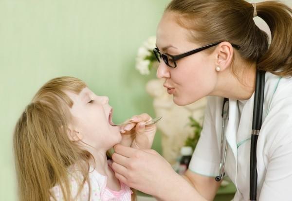 У ребенка кашель не отхаркивается