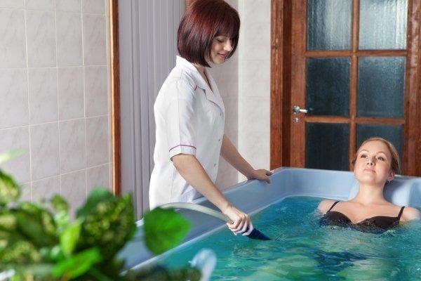 Можно ли принимать ванну с солью при повышенном давлении?