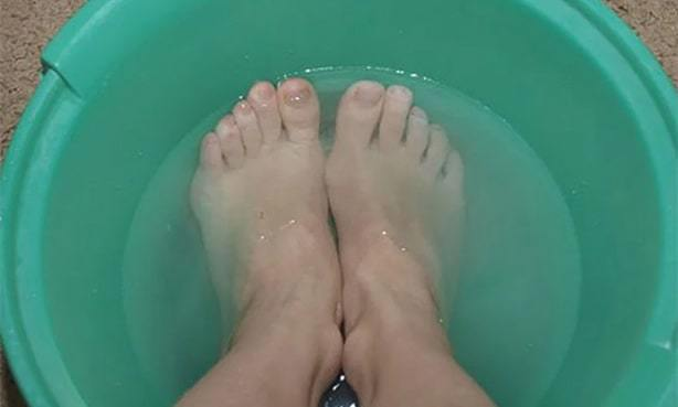 Можно ли греть ноги при повышенном давлении и холодных ногах?