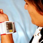Какое давление считается повышенным в 50 лет у женщин?