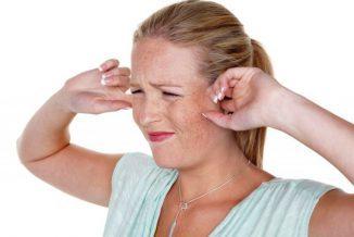 При кашле боль в ухе