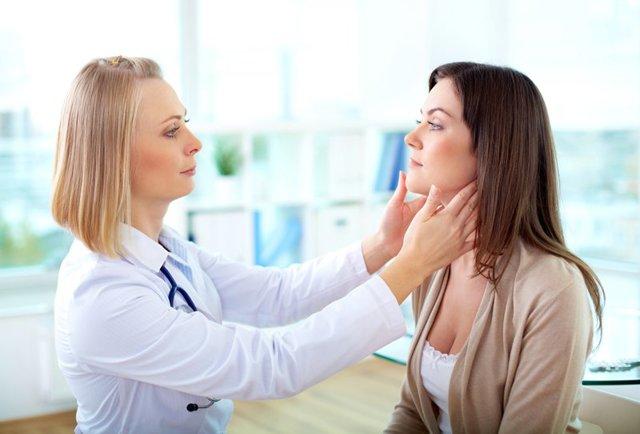 Что лучше скин кап или цинокап при дерматите?