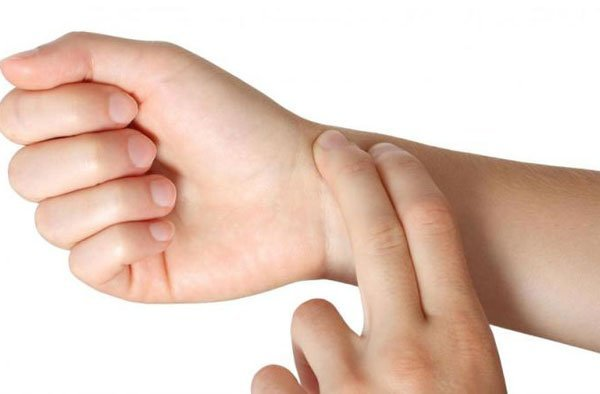 Что означает у человека повышенный пульс при нормальном давлении?