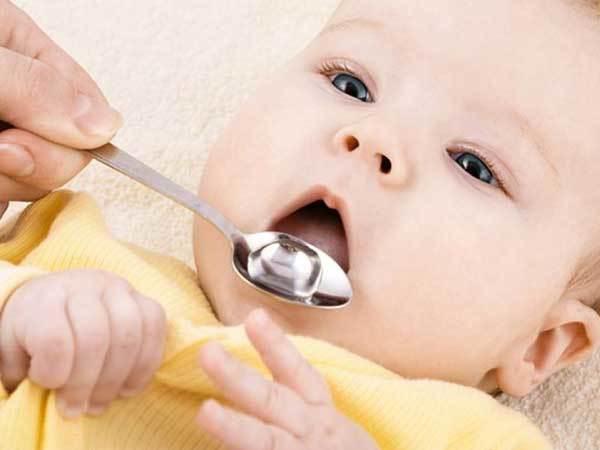 Что давать новорожденному от кашля?