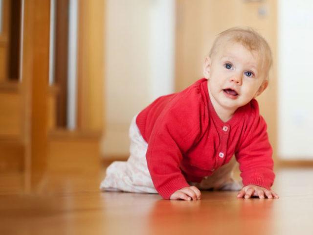 Как месячному ребенку лечить кашель?