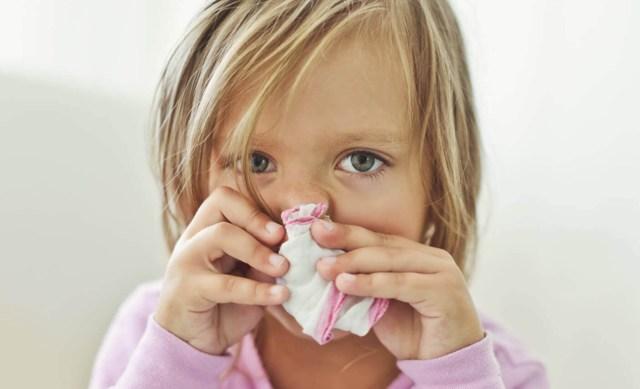 Сухой кашель у ребенка чем лечить сопли и нет температуры чем лечить