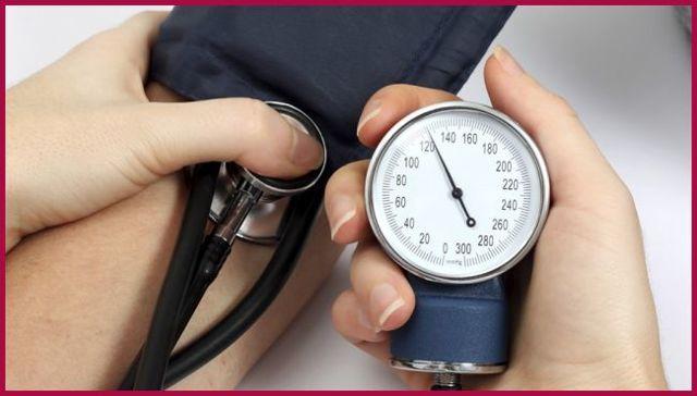 Что означает повышенное нижнее давление и учащенный пульс?