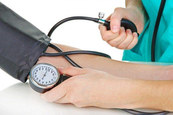 Можно ли принимать ношпу при повышенном давлении?