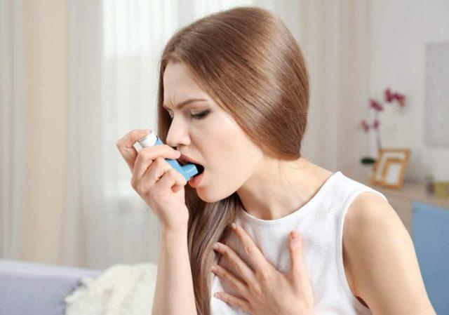 Неделю не проходит сильный кашель