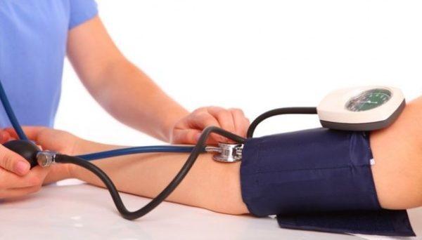 Повышенный пульс при нормальном давлении: причины и лечение