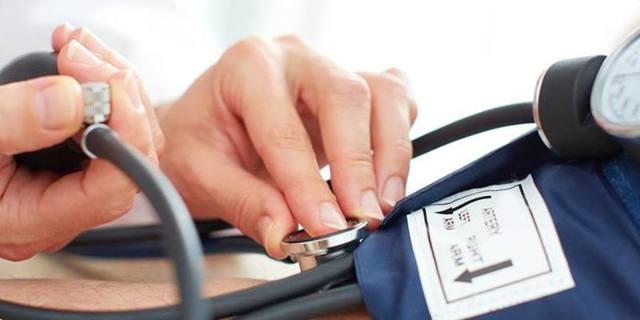 Повышенное систолическое давление при нормальном диастолическом причины