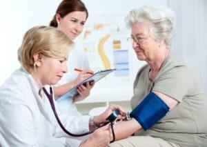 Если у ребенка повышенное давление к какому врачу обратиться