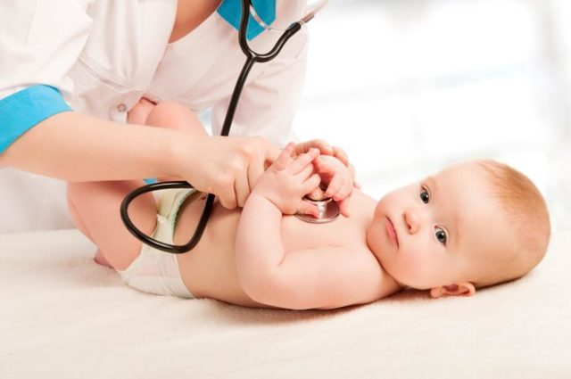 Чем лечить грудному ребенку кашель