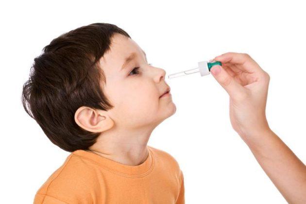 У ребенка кашель из за стекания соплей в горло чем помочь