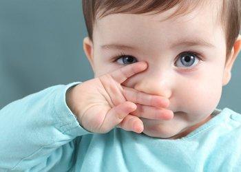 Что делать если у грудного ребенка заложен нос а соплей нет как лечить?