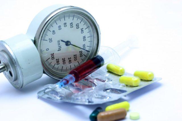 Признаки повышенного давления у женщин симптомы и лечение