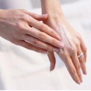 Чем увлажнять кожу при атопическом дерматите у детей