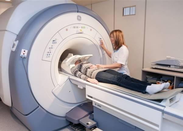 Повышенное внутричерепное давление симптомы у взрослых причины