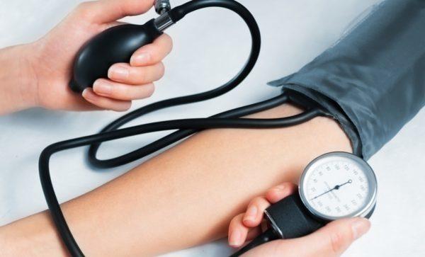 К какому врачу обращаться при повышенном давлении у подростка