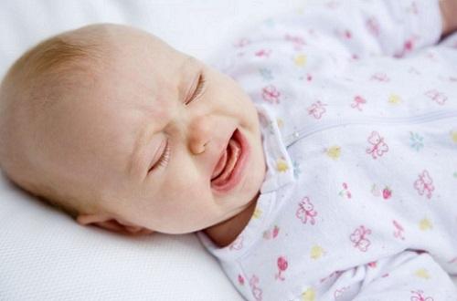 У ребенка 8 месяцев кашель и сопли без температуры чем лечить