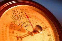 Повышенное и пониженное атмосферное давление действие на организм человека