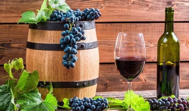 Рецепт повышения иммунитета из красного вина и 12 долек чеснока