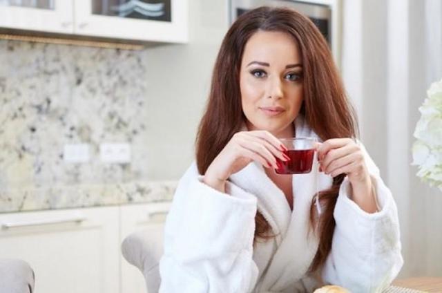 Как пить каркаде при повышенном давлении холодный или горячий?