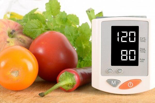 Что делать при повышенном сердечном давлении в домашних условиях?