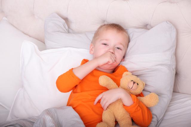 Причина ночного кашля у ребенка