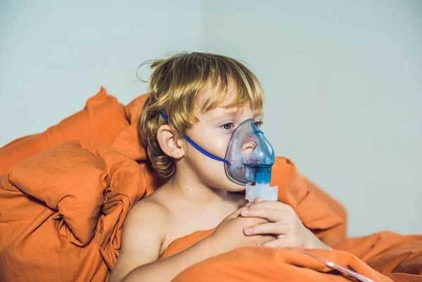 У ребенка 3 неделю кашель