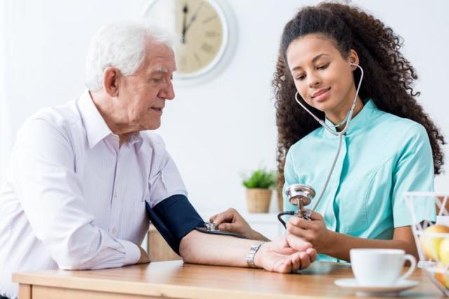 Как нормализовать повышенное давление в домашних условиях быстро?