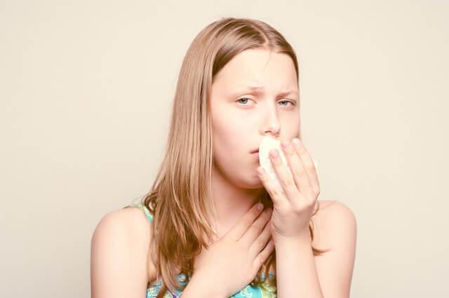 Из за чего возникает кашель